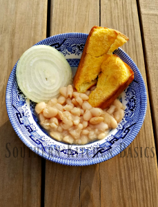 Easy crock pot white beans southern kitchen basics you cant have a blog about southern food from simple ingredients and not have a recipe for white beans on it im not even sure you can call this a recipe forumfinder Images